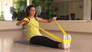 Упражнения с латексной лентой